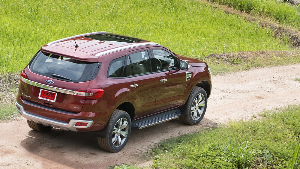 Ford-Everest-2016-15