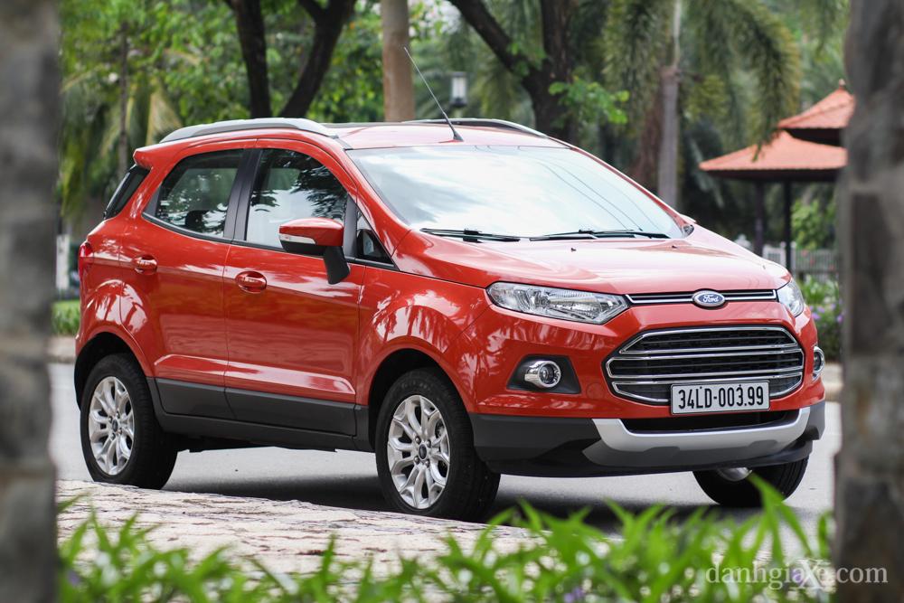 Ford EcoSport - ngoai that