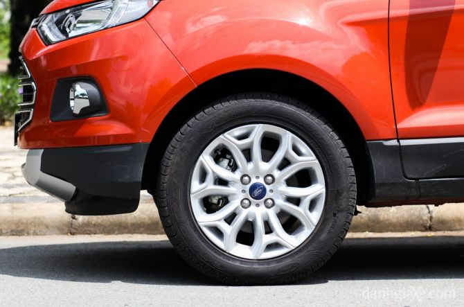 ford ecosport - banh xe