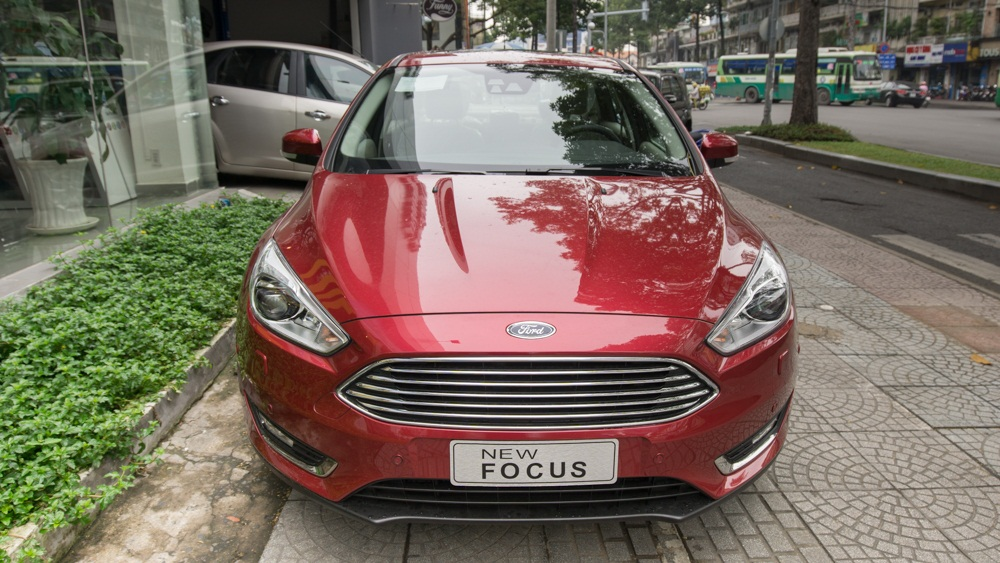 www.mangraovat.com: Xe Ford focus 1.5l ecoboost trend 2018