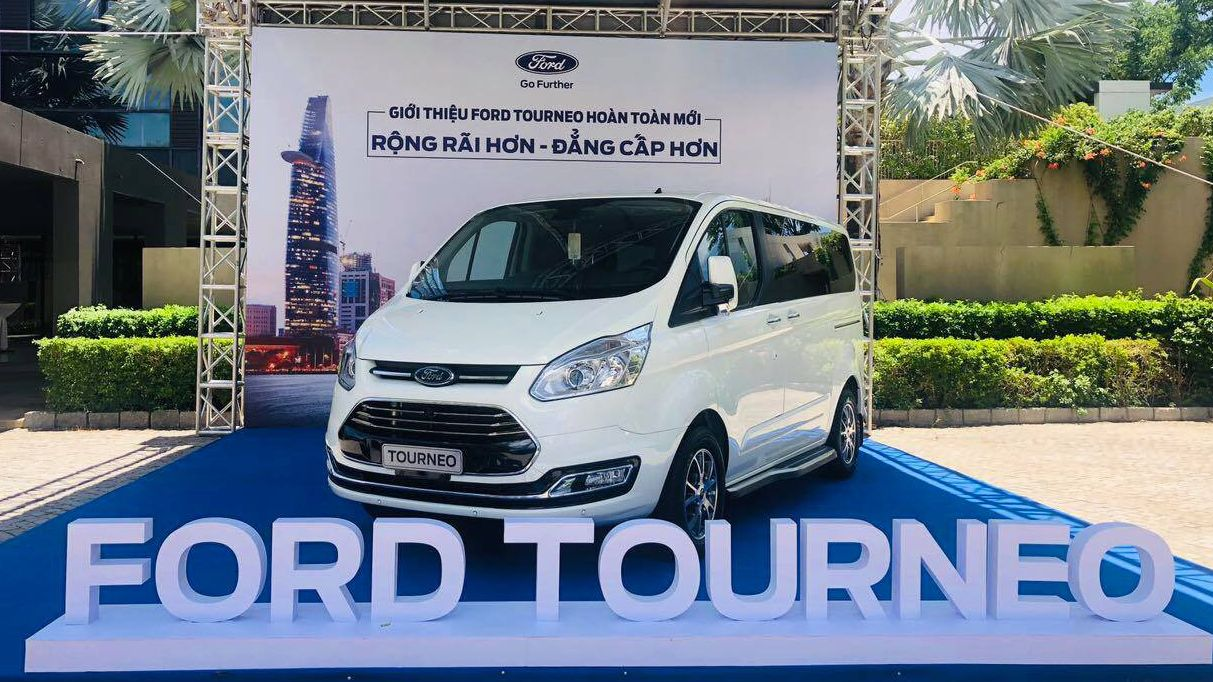 ford-tourneo-0.jpg